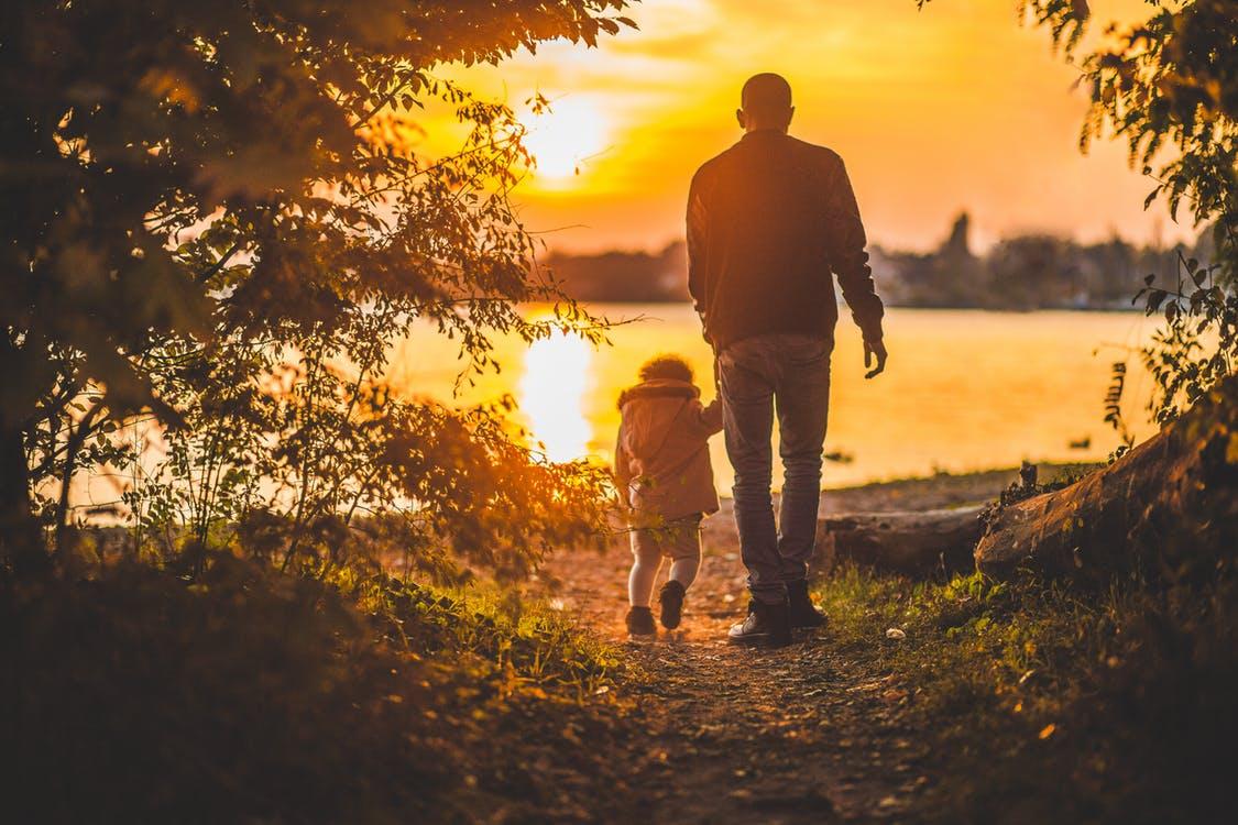 8 gratis fars dag ideer. Hvad kan man lave på fars dag
