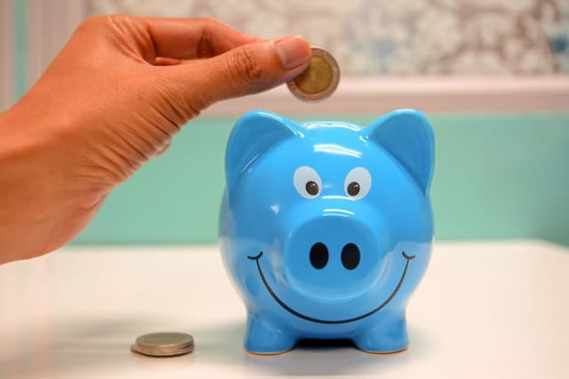 Ung og fattig: skal du spare din a-kasse væk?