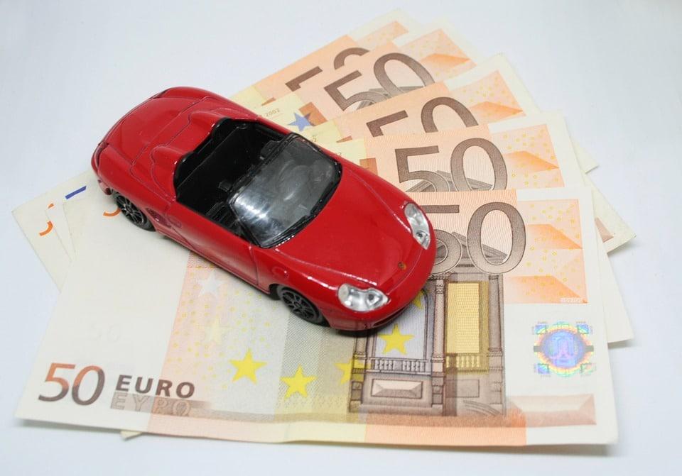 Sådan finder du den billigste bilforsikring